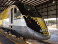 Fl-brightline-train-arrives-20170111