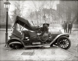Car crash 1917